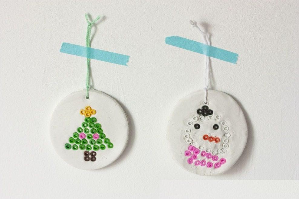 Cómo fabricar un adorno con masa flexible para navidad